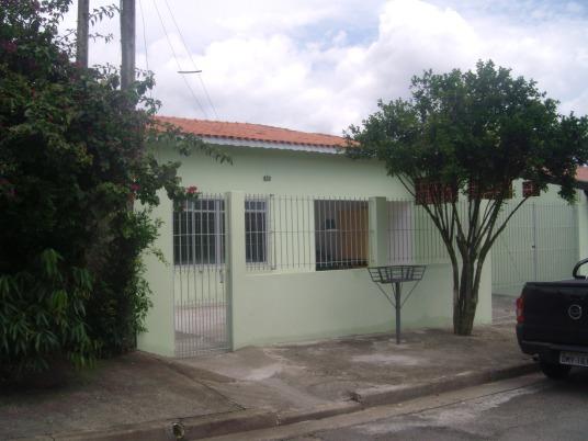 A nossa casa / Our house